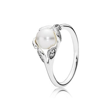 Pandora Luminous Leaves anillo