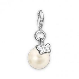 Thomas Sabo charm de perla con mariposa en plata.