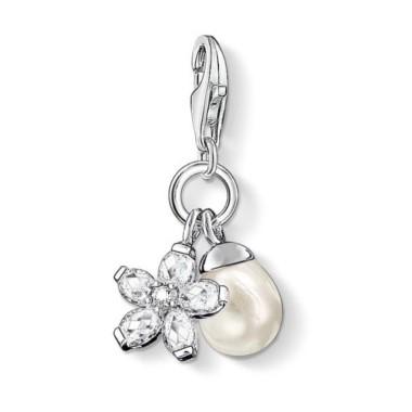 Thomas Sabo charm de perla con flor de circonitas.