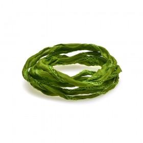 Thomas Sabo cinta de seda en color verde.