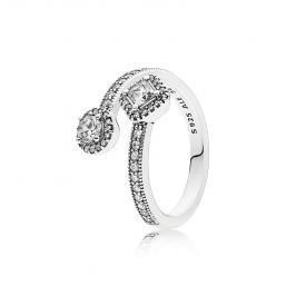 """Pandora anillo """"Elegancia Abstracta"""" en plata y circonitas talla 12."""
