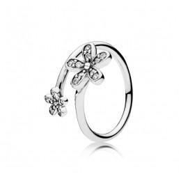 """Pandora anillo """"Margaritas Deslumbrantes"""" en plata talla 14."""