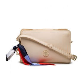 Tommy Hilfiger bolso de mujer Modelo Charming Tommy Crossover.