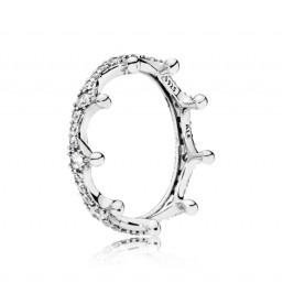"""Pandora """"Corona Encantada"""" anillo."""
