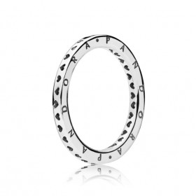 """Pandora anillo de mujer """"Corazones firma Pandora"""" en plata."""