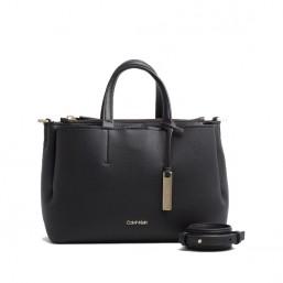 Calvin Klein bolso de mujer Modelo Tote Mediano en piel negra.