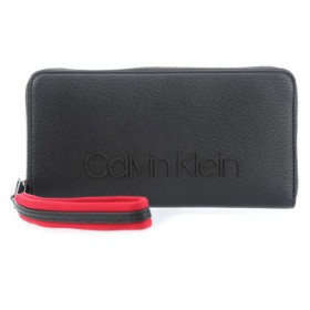 Calvin Klein Pop Touch Large cartera en negro