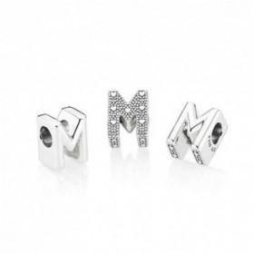 Pandora Letra M en plata