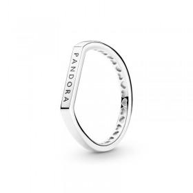 Pandora anillo Barra Logo en plata